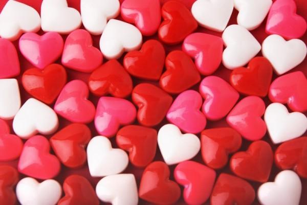 """""""Motyle w brzuchu"""" - dlaczego miłość objawia się właśnie w ten sposób?/ fot. Shutterstock"""